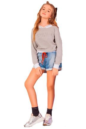 blusa manga longa e short jeans fruto4u