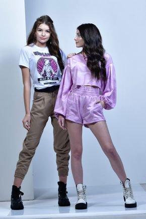 t shirts feminina fruto frente